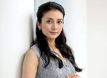 柴咲コウが結婚しない理由は 歴代彼氏や本名 身長について Lanakila